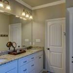 Installateure für ein Badezimmer